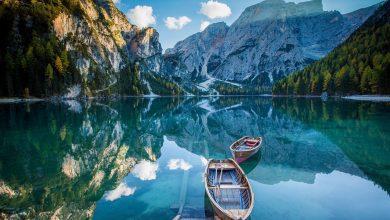 perahu dan pemandangan